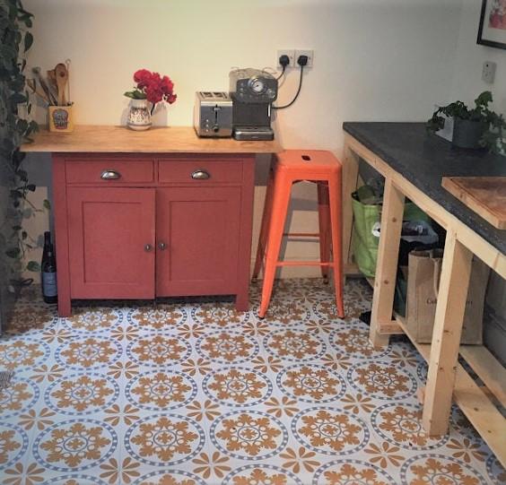 Sorzo vinyl floor tiles Customer project