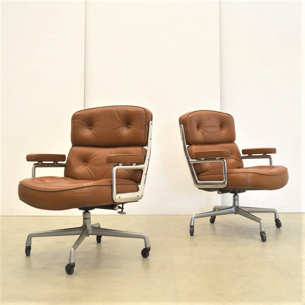 Eames ES104 Office Chair