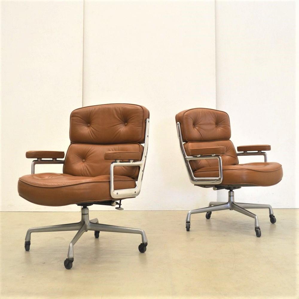 Eames ES104 Office Chair