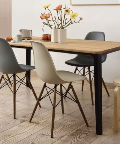 Eames DSW Chair Dining Table