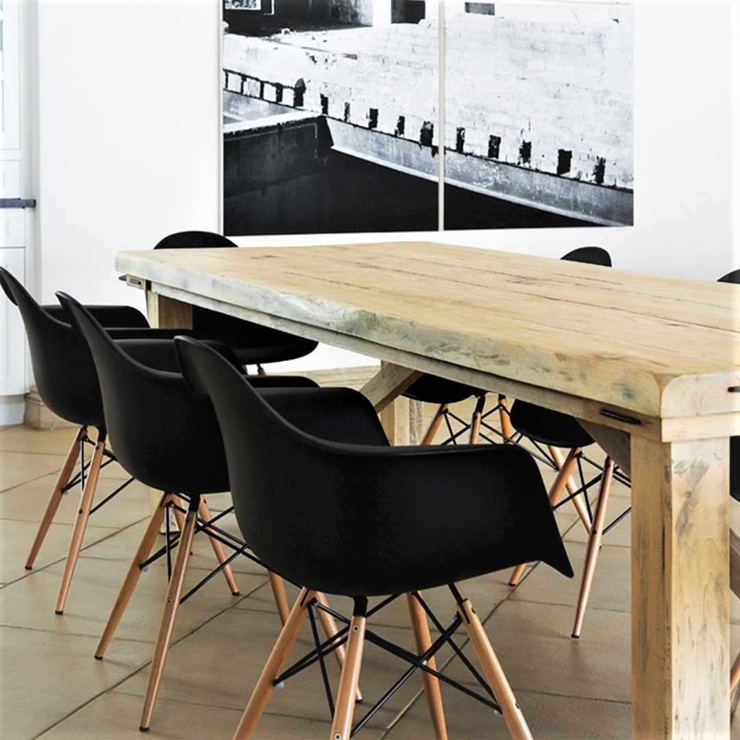 Charles Eames Dining Chairs Black