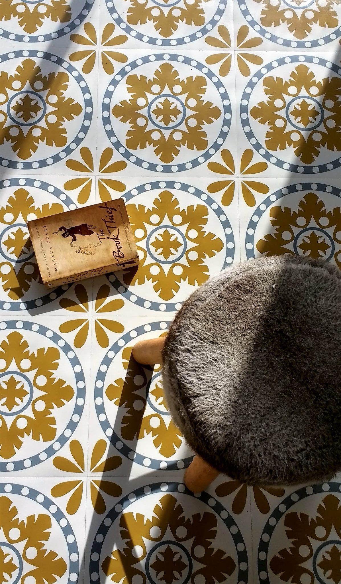 Sorzano Original Vinyl Floor Tiles