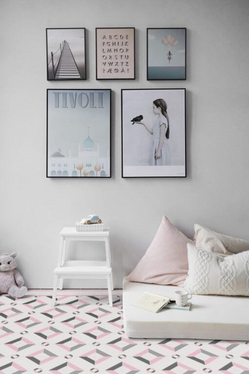 Pink and brown Hidraulik vinyl floor rug bedroom