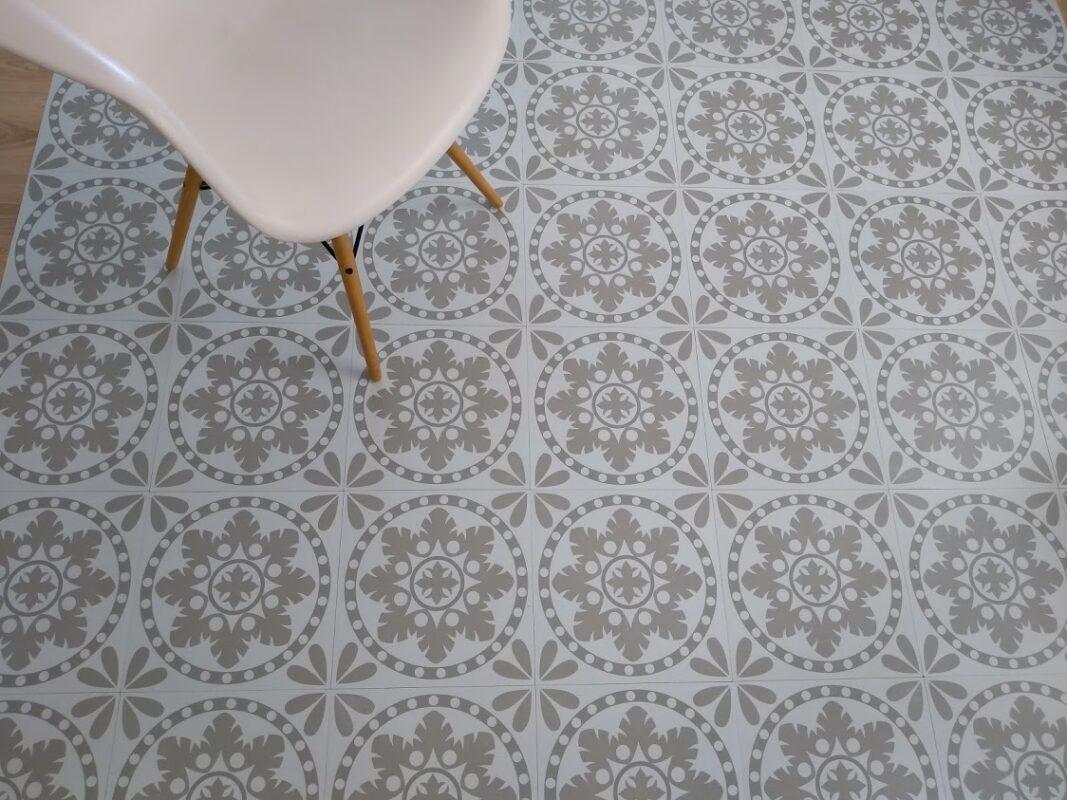 Sage Sorzano vinyl floor tiles